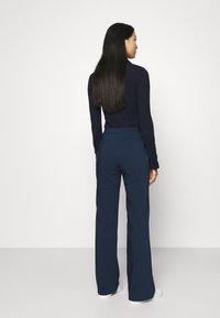 Who What Wear - Pantalon classique - navy - 2