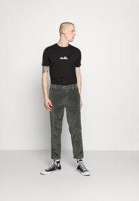 Ellesse - CARCANO - Print T-shirt - black - 1