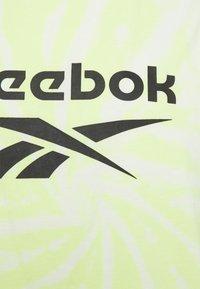 Reebok Classic - CLASSIC TIE DYE SEASONAL CASUAL TANK - Top - semi energy glow - 2