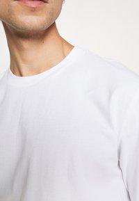 GAP - CREW  - T-shirts basic - optic white - 4