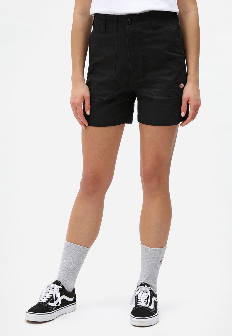 Dickies - Shorts - black