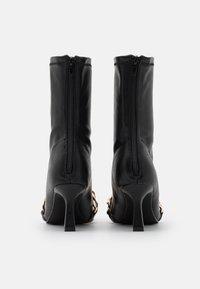 4th & Reckless - TAMSIN - Kotníkové boty - black - 3
