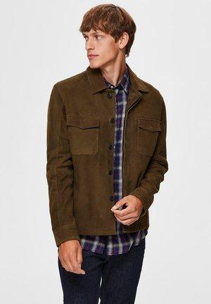 WILDLEDER - Leather jacket - forest night