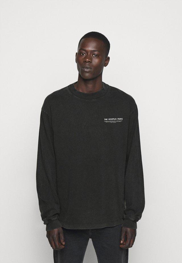 Sweater - black washed