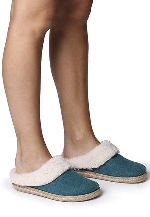 MIRI-BF - Slippers - verd