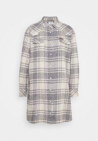 Wrangler - OVERSHIRT DRESS - Shirt dress - whisper white - 4