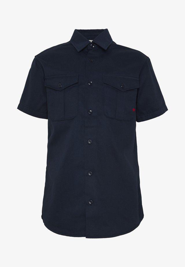 JJIROYAL JJSHIRT - Skjorter - navy blazer