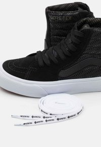 Vans - SK8 GORE-TEX UNISEX - Baskets montantes - black/true white - 5