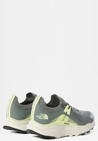 The North Face - HYPNUM - Chaussures de marche - agavegreen/palelimeyellow - 4