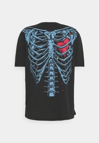 AllSaints - BLEEDING HEART  - Print T-shirt - jet black - 1