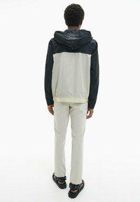 Calvin Klein - Summer jacket - bleached stone - 2
