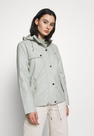 PISTACHIO RAINCOAT - Chaqueta fina - green