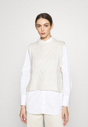MOLLI VEST - Jersey de punto - whisper white
