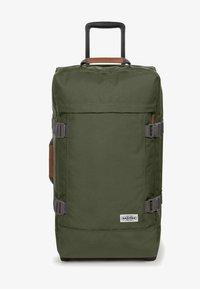 Eastpak - TRANVERZ M - Wheeled suitcase - graded jungle - 2