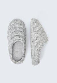 OYSHO - Slippers - grey - 1