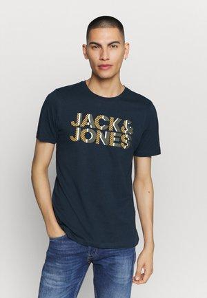JJLOGO TEE CREW NECK - Print T-shirt - sky captain