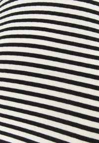 Mads Nørgaard - STRIPE MIX TUBA - Top sdlouhým rukávem - off white/black - 5