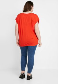 Urban Classics Curvy - LADIES EXTENDED SHOULDER TEE - T-shirt basic - bloodorange - 2