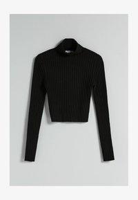CROPPED MIT PATENTMUSTER UND ROLLKRAGEN - Pullover - black