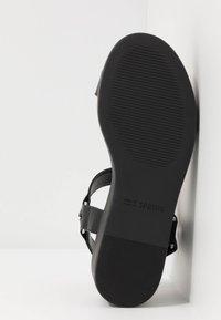 Call it Spring - LANCYY - Sandály na platformě - black - 6