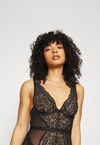Hunkemöller - ROSE UNDERWIRED - Body - caviar - 3
