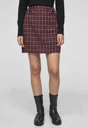 A-line skirt - red tweed