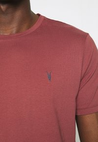 AllSaints - BRACE CONTRAST CREW - Basic T-shirt - tuscan red - 5
