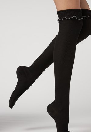 MIT MUSTER - Over-the-knee socks - spinato gesso