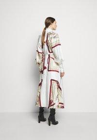Victoria Beckham - DRAPED SLEEVE DRESS - Occasion wear - cream/bordeaux - 2