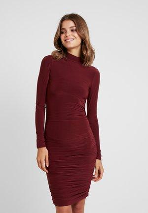 BRIDGET DRESS - Shift dress - plum