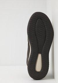 Skechers - DELSON - Sneaker high - chocolate - 4