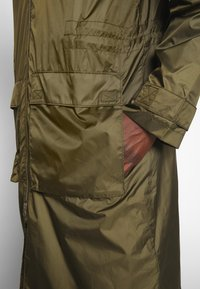 Weekday - FLORIAN WIND - Impermeable - green - 3
