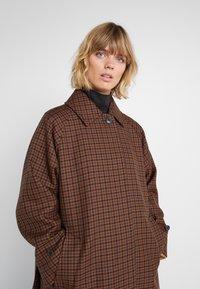 Mackintosh - BLACK RIDGE COAT - Trenčkot - brown - 6