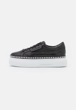 NANO - Sneakers laag - schwarz