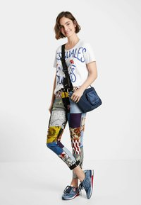 Desigual - Slim fit jeans - blue - 1