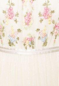 Needle & Thread - EMMA DITSY BODICE ANKLE MAXI DRESS - Společenské šaty - champagne - 6