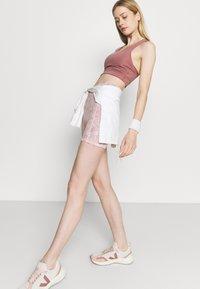 Cotton On Body - LIFESTYLE POCKET BIKE SHORT - Leggings - dusty rose - 3