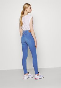 Tommy Jeans - SYLVIA SKINNY ANKLE - Jeans Skinny Fit - lane - 2