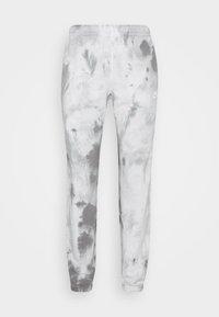 Nike Sportswear - Tracksuit bottoms - smoke grey/iron grey/white - 3