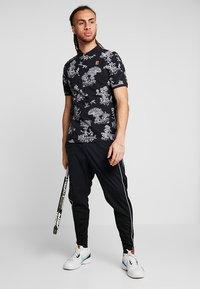 Nike Performance - PANT - Træningsbukser - black/white - 1