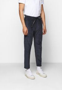 DRYKORN - JEGER - Trousers - blau - 2