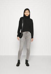 Marks & Spencer London - IVY SKINNY - Jeans Skinny Fit - grey denim - 1