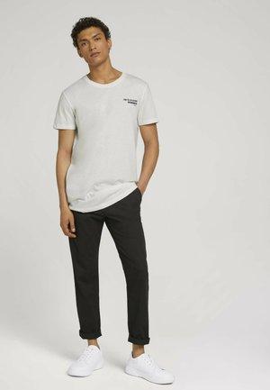 Basic T-shirt - soft light beige melange