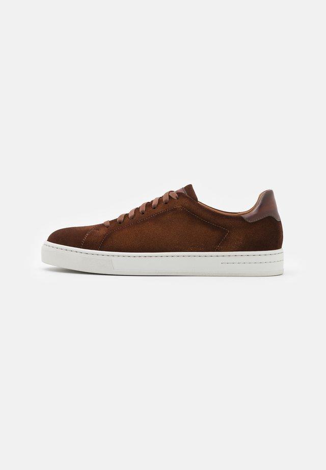 Sneakers laag - coñac