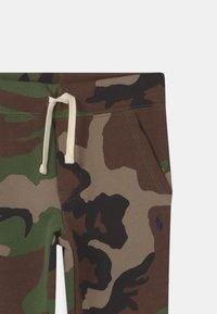 Polo Ralph Lauren - BOTTOMS - Tracksuit bottoms - green - 2