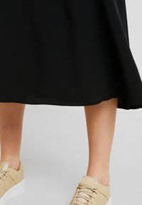 Monki - HALO SKIRT - A-line skirt - black dark - 4