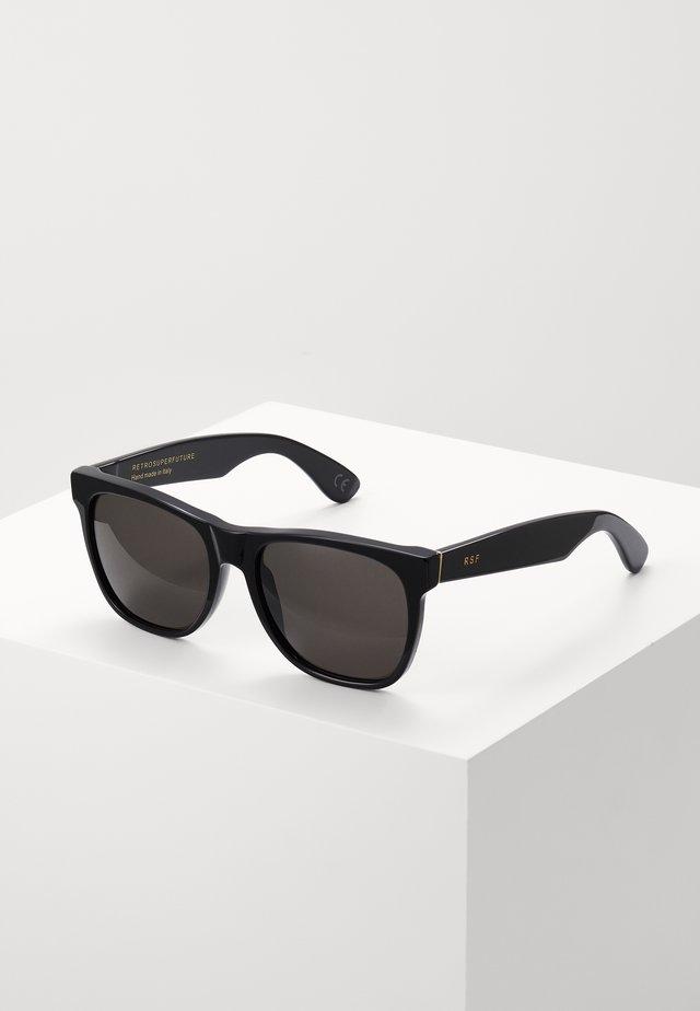 CLASSIC BLACK - Okulary przeciwsłoneczne - black
