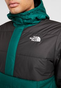 The North Face - INSULATED FANORAK - Outdoorjakke - night green/black - 7
