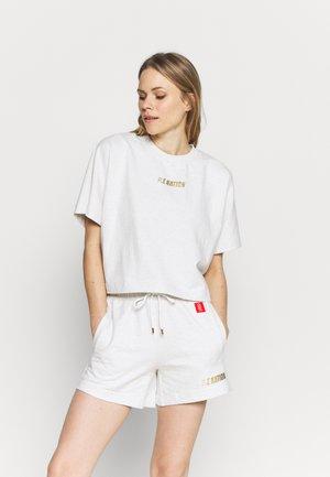 SWEEPER TEE - Sweatshirt - off-white