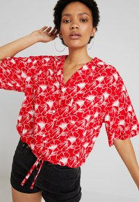 Levi's® - PALOMA SHIRT - Button-down blouse - red - 4
